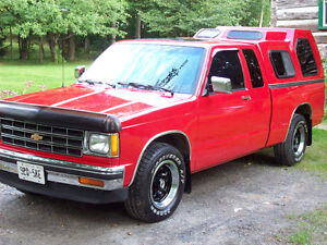 1986 Chevrolet S10 Tahoe Extended-Cab