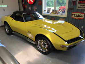 1969 Corvette Sting Ray - 2 tops - 2 hoods