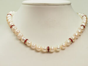 BEAUTIFUL PEARL NECKLACE-JUST IN TIME FOR SANTA