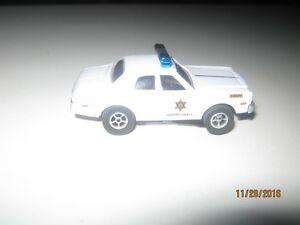 HO Scale Slot Cars, GENERAL LEE Charger & Roscoe's Police Car Edmonton Edmonton Area image 6