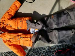 Boys 2t snow suit