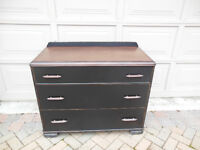 ATTRRACTIVE THREE DRAWER DRESSER