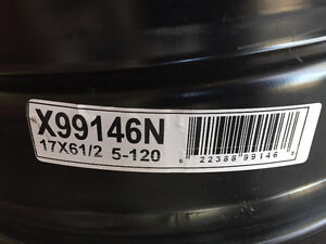 "17"" GM Steel Rims Peterborough Peterborough Area image 2"