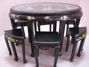 UNIQUE ORIENTAL INLAID SHELL TABLE WITH 6 STOOLS