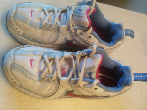 Nike running shoes, size 11.5 C