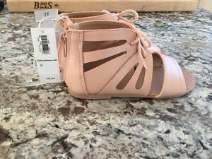 NWT Old Navy girls Sandals size 11