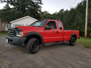 ford F-250 , V8 ,5.4  ,4x4 , 2003 , only 171 000 km