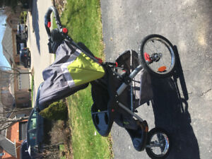 Baby Trend Stroller - barely used !