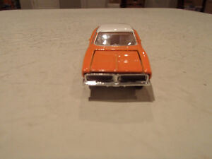 Loose Hot Wheels LE WHIPS Team Baurtwell '69 Dodge Charger orang Sarnia Sarnia Area image 8