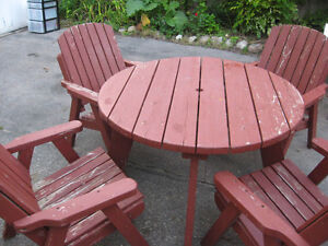 WOODEN PATIO SET $120.00 TABLE AND CHAIRS Cambridge Kitchener Area image 2