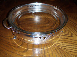 Silver Pie Plate base with pyrex pie plate