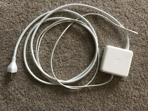 Apple 85 W MagSafe Adapter