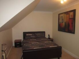Amazing rooms available Stratford City