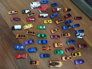 TOY CARS, GIANT COLOURING SHEETS & ACTIVITY BOOK