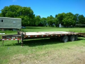 2009 Load Max Pintle Hitch Trailer