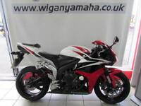 HONDA CBR600RR8, 08 REG ONLY 8996 MILES, EXCELLENT CONDITION 600cc SUPER SPORTS