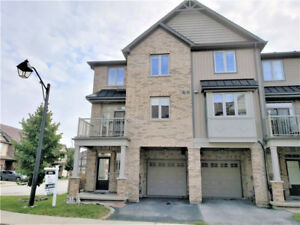 Stunning 3 bedroom, 2 bath Binbrook Townhome