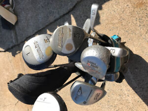Golf clubs.- mixed set and bag