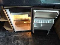 Hotpoint under counter fridge