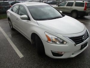 2013 Nissan Altima 2.5 SL SUNROOF! LEATHER! POWER AND HEATED...