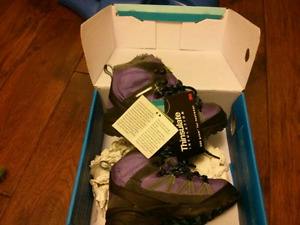brand new hiking boots size 12.5
