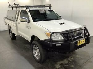 2005 Toyota Hilux KUN26R SR (4x4) White 4 Speed Automatic Cab Chassis