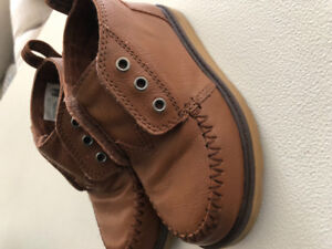 Toms high Tops Brown shoes for toddlers