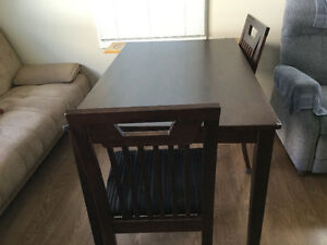 Dining table with 4 chairs for sale