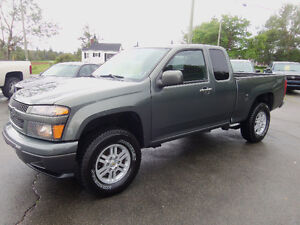 2010 CHEVROLET COLORADO EXT CAB 4X4 !! ONLY 100,000 KMS !!