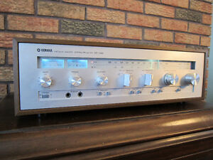 Vintage Yamaha CR-620 Stereo Receiver