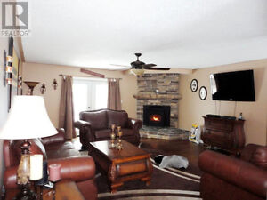 HOME AND COTTAGE RENOVATIONS - BELLEVILLE TO BANCROFT Peterborough Peterborough Area image 7