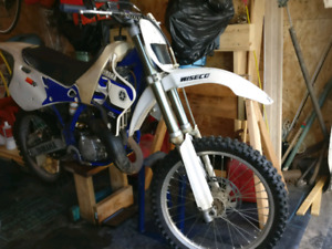 1995 YZ125 with 134cc Wiseco overbore piston Project Bike