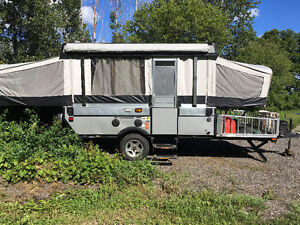 2007 Fleetwood Evolution E2 Tent Trailer with Toy Hauler