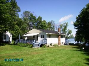 Waterfront Home - Lake Manitou - Manitoulin Island