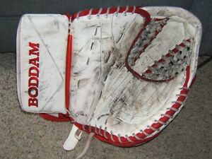 Boddam Pro Custom Sr. Goalie Glove Kitchener / Waterloo Kitchener Area image 1