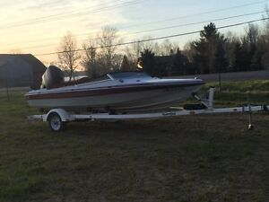 135 hp black max cadorette speed boat very good condition