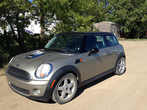 2009 Mini Cooper Coupe (2 door)
