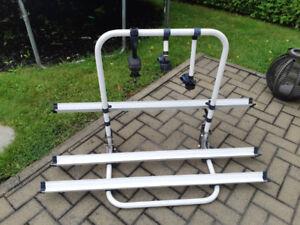 Support a vélos (3) pour roulotte Top pop / Arvika Valeur +700$