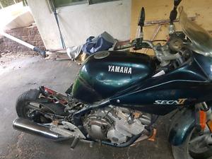 Yamaha xj 600 93 secca2