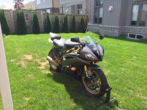 Yamaha R6 Black and Gold, One of a Kind