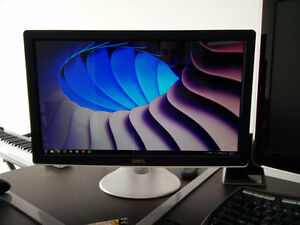 "DELL SX2210B Monitor (22"" HDMI & Built-in Webcam)"