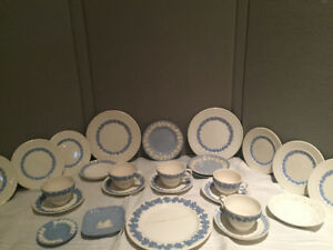 Vintage blue/White china