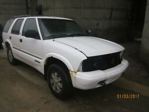 JUST IN FOR PARTS! 2001 GMC JIMMY @ PICNSAVE WOODSTOCK!