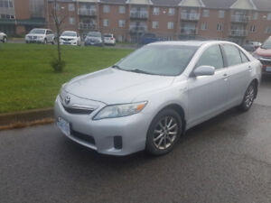 "Toyota Camry ""HYBIRD""  2010 Sedan - $7499.00  - Safety"