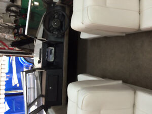 Boat   with a 2008 25 hp efi 4 stroke may sell boat sepreat