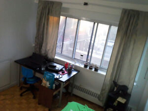 Cozy Furnished Room Close to HEC, POLYTECHNIQUE and Udem
