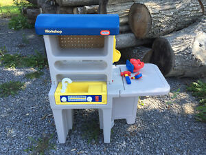 Little Tikes Workbench with Tools