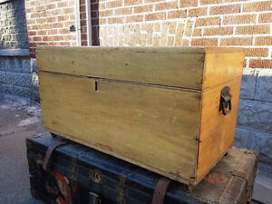 Vintage Antique Trunks Estate Sale Oct 2 Sunday
