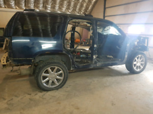 Parting out cadillac escalade