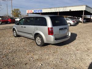 2008 Dodge Grand Caravan SE Minivan, Van Windsor Region Ontario image 3